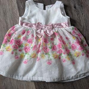 Size 6-9 month nanette baby dress